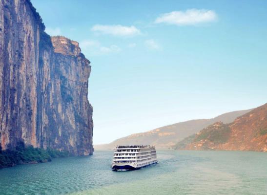 青岛出发三峡邮轮世纪传奇号-重庆-816工程-瞿塘峡-巫峡-神女溪-白帝城-万州-重庆五日游